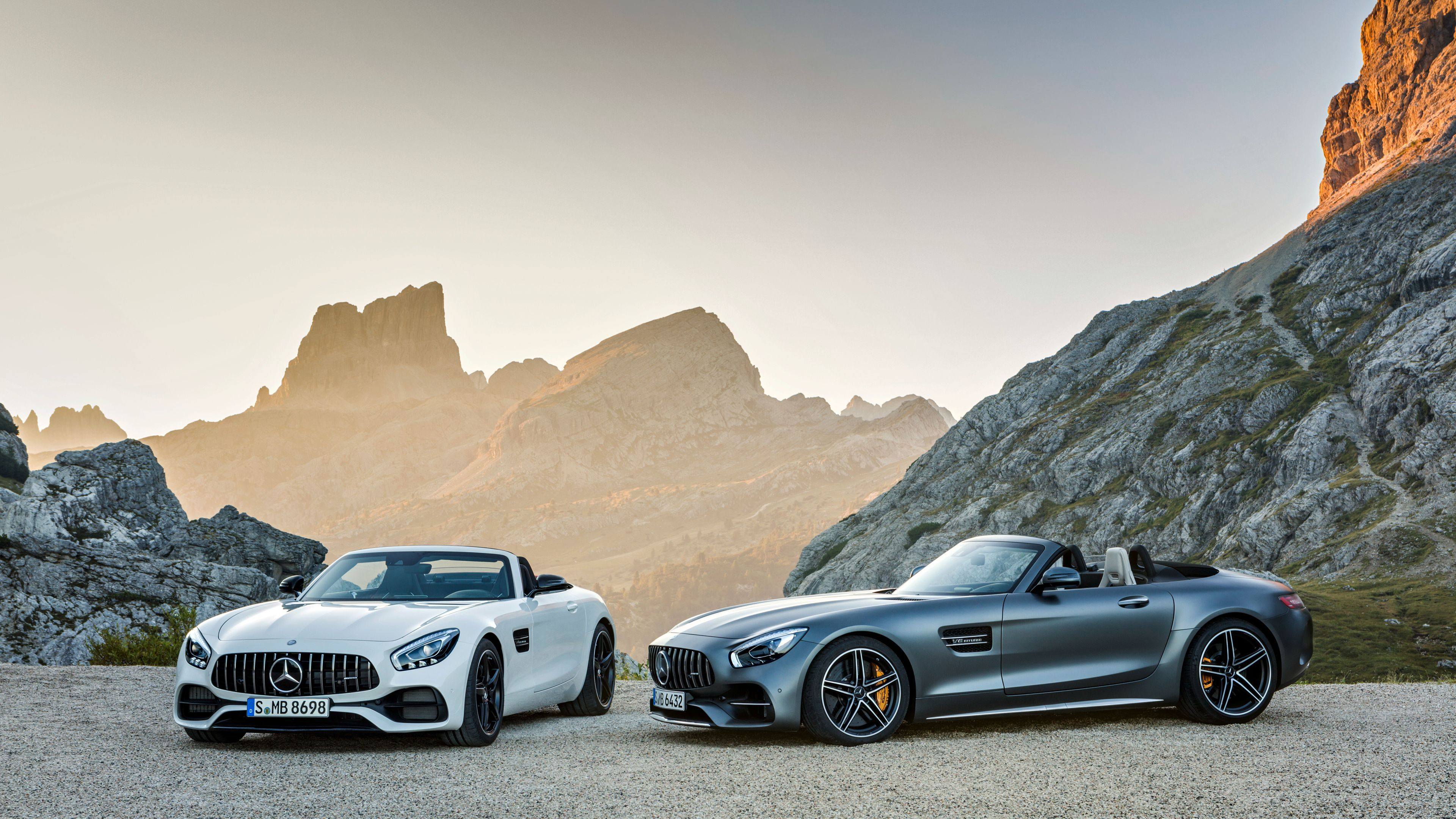 Wallpaper 4k White And Silver Mercedes Benz Amg Gt 2018 Cars