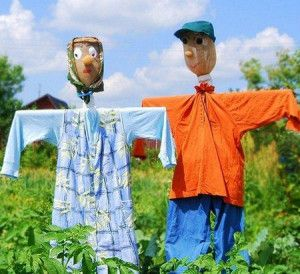 как сделать огородное пугало своими руками