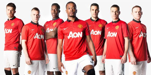 quality design 594ef fe41a Penasaran penampakan jersey baru Manchester United? Baca ...