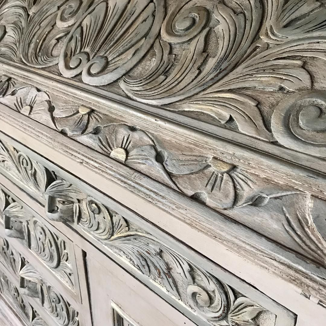 Gorgeous ornate furniture piece painted with chalk paint by annie