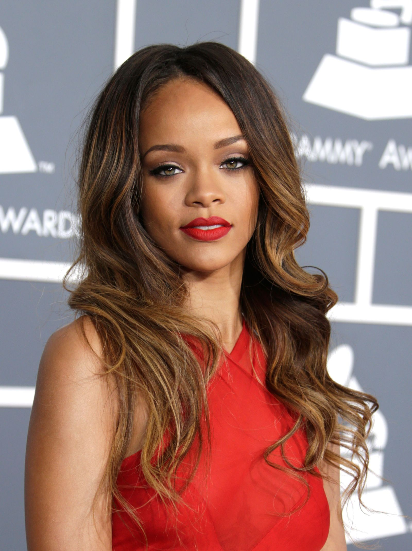 25 Celebrities With Gorgeous Sunkissed Balayage Highlights