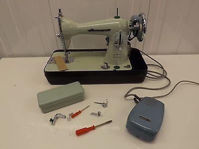 Vintage Gamages Jones Elektrik Dikiş Makinası Güzel Katı Makinası Classy Gamages Sewing Machine