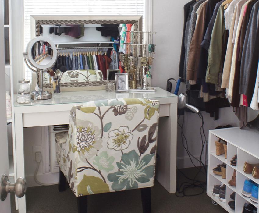 fabriquer une coiffeuse diy 4 id es et astuces pour fabriquer la v tre http www yearn. Black Bedroom Furniture Sets. Home Design Ideas