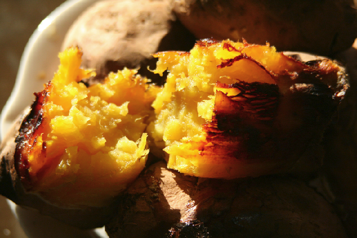 Hasil gambar untuk 1. Gun goguma (baked sweet potato)