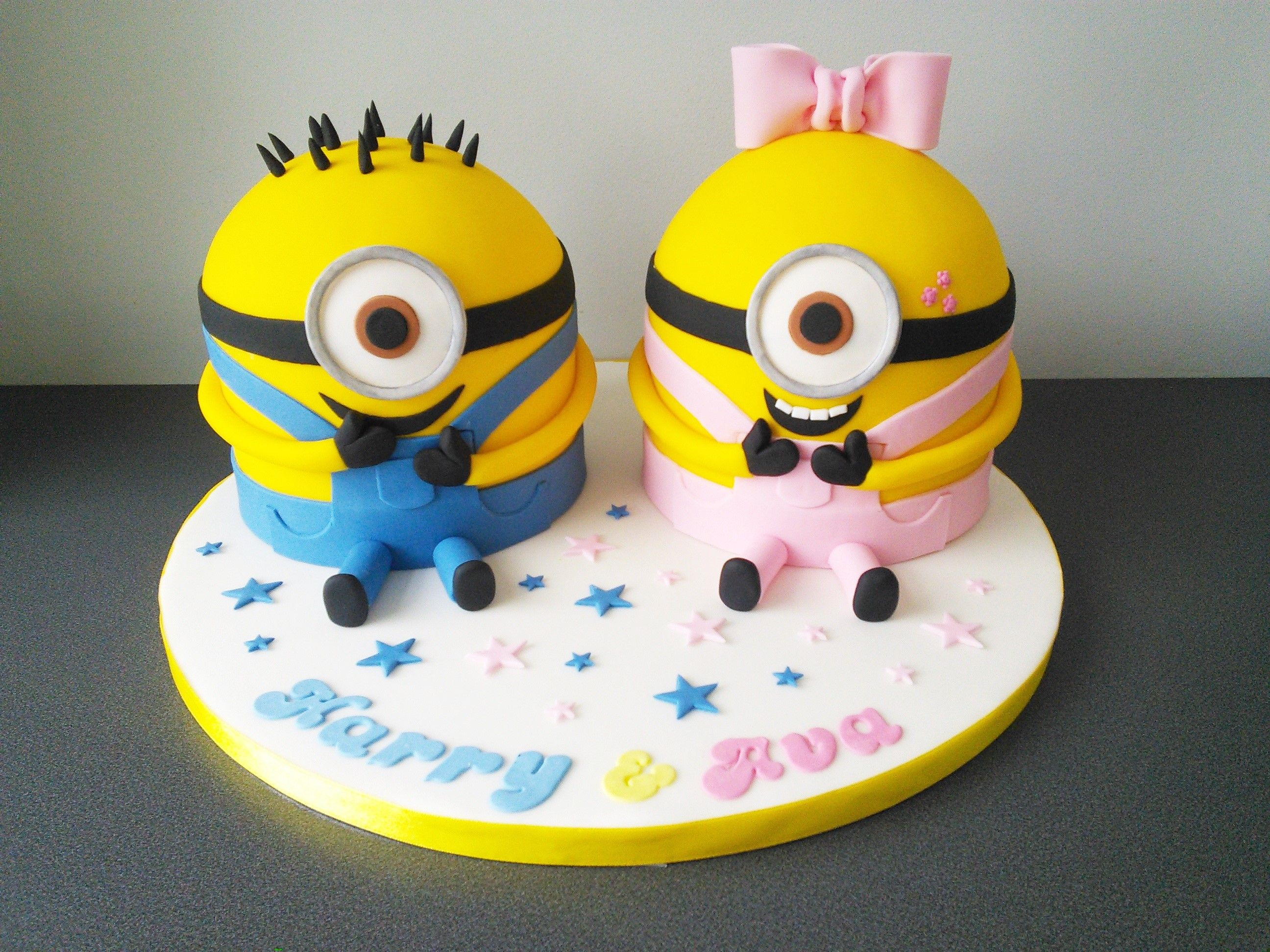 Minion cake how to car interior design - Minion Boy And Girl Joint Birthday Party Cake