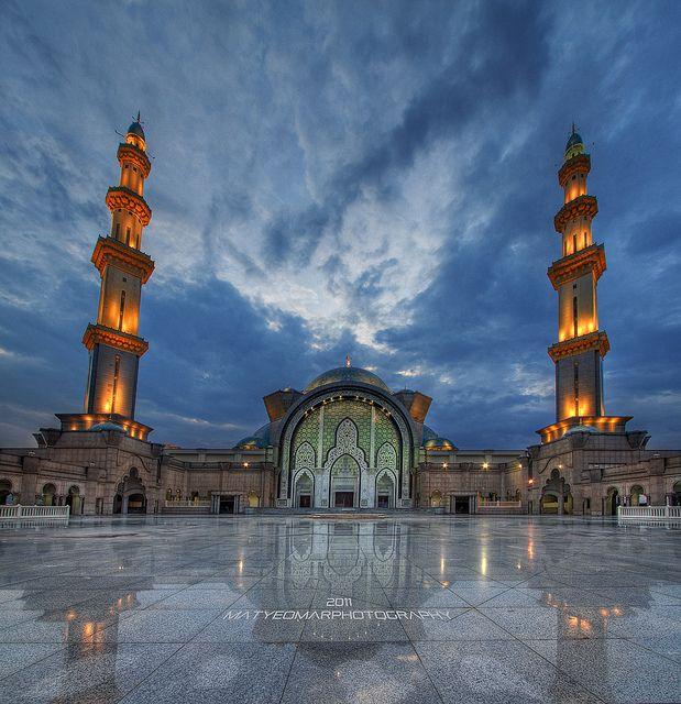 Wilayah Persekutuan Mosque in Malaysia