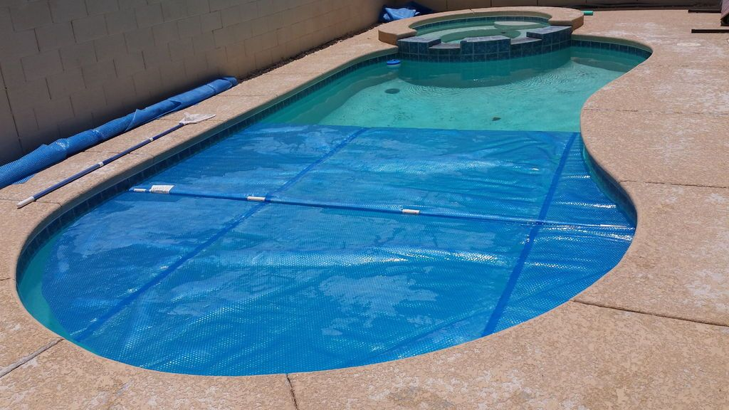 Make Your Own Swimming Pool Blanket Winder Pool cover