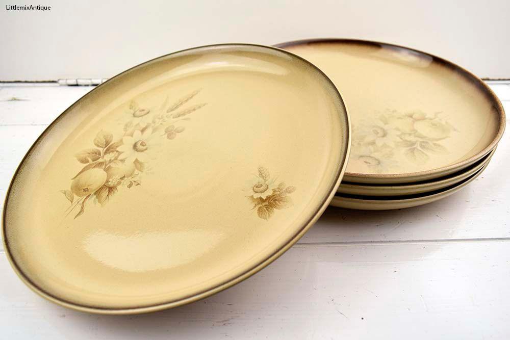 Set of 4 Vintage Denby Pottery England Handcrafted u0027Memoriesu0027 pattern Stoneware Dinner Plates Retro & Set of 4 Vintage Denby Pottery England Handcrafted u0027Memories ...