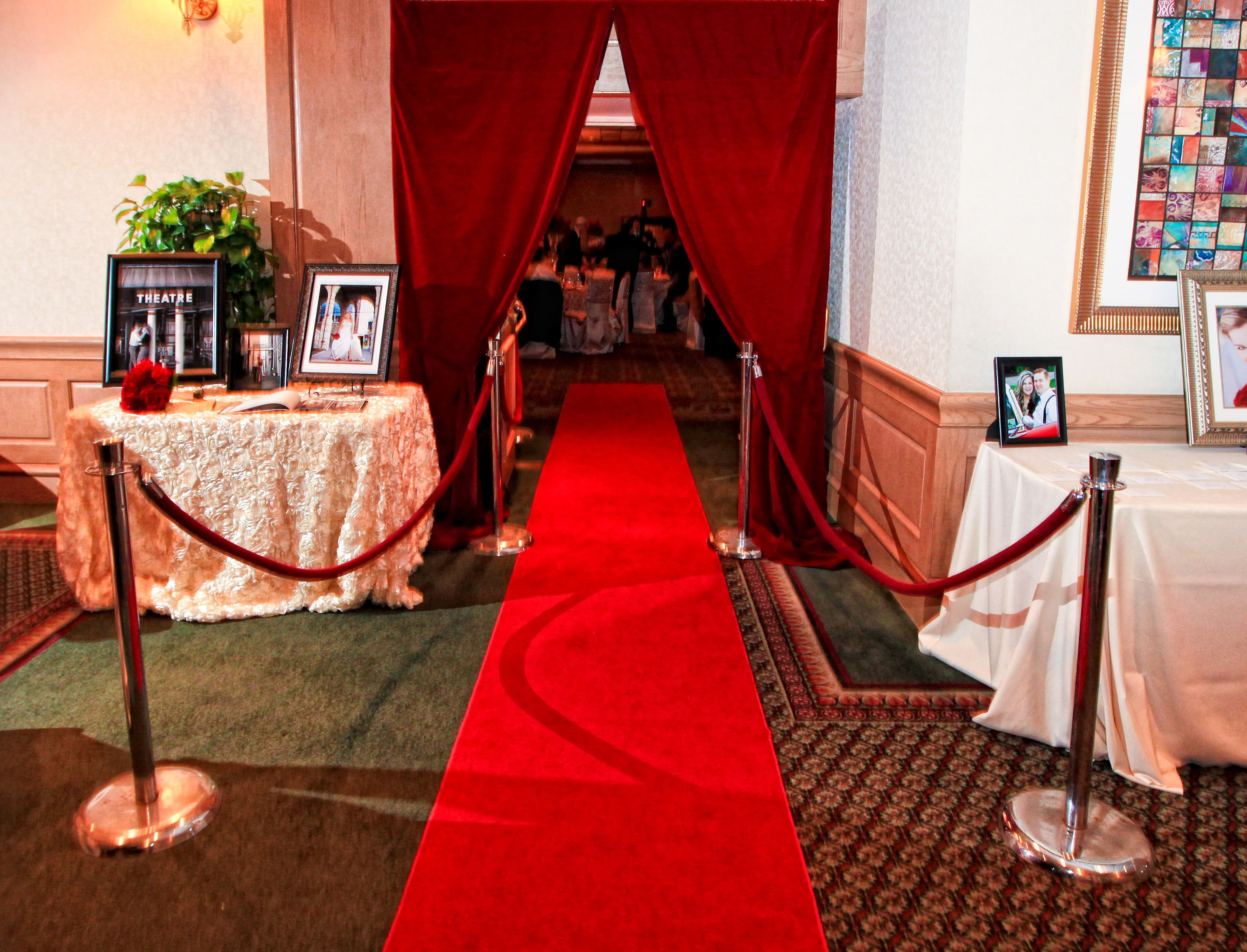 Wedding Red Carpet Entrance With Images Red Carpet Wedding