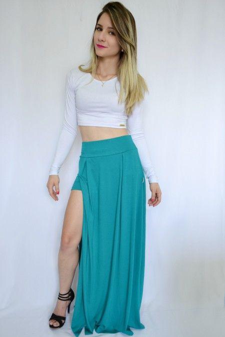 8ddb4a55b7 Short saia longa com fenda lateral verde