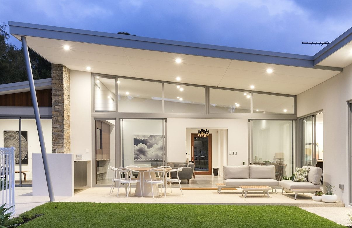 The MCM - Oswald Homes - Luxury Home Builders Perth | alfresco ...