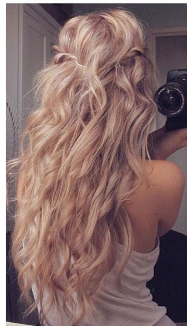 Mermaid Hairstyles Real Blonde Mermaid Hair Right There Color Hair  Pinterest