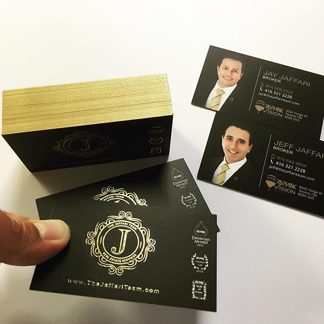 Sweet Print Inc On Instagram Luxury 30pt Business Cards With Gold Foil Stamping And Go Foil Business Cards Gold Foil Business Cards Business Card Minimalist