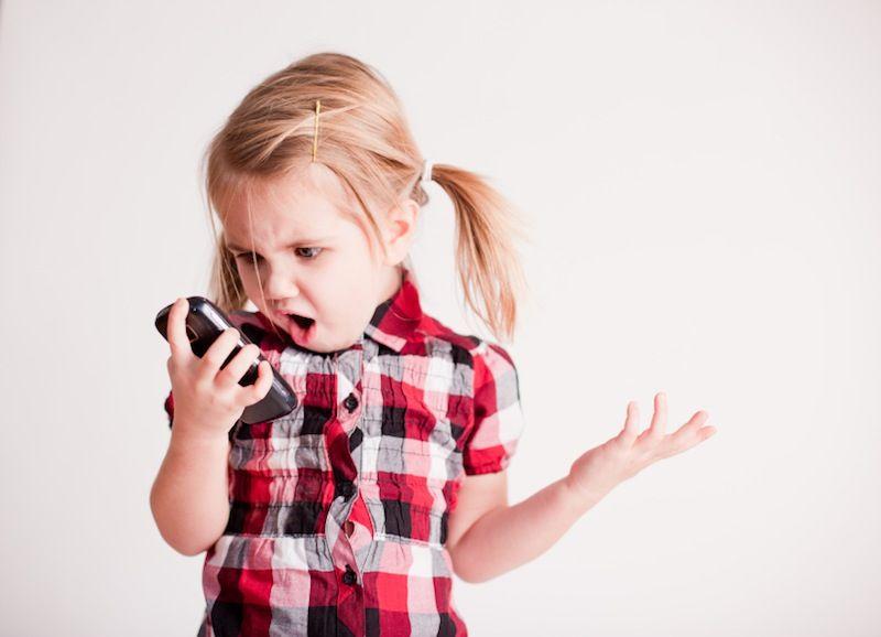 ¿Son tus hijos adictos al móvil?