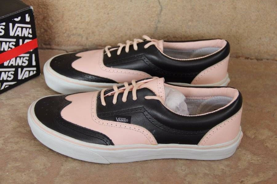 6cc72d9fa5   ULTRA RARE   NEW~VANS~Era Pink   Black Wingtips~Leather~Mens 9  Womens  10.5  VANS  AthleticSneakers