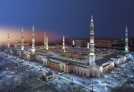 Фото Мечети Пророка в Медине, Саудовская Аравия / Saudi Arabia (© HEPELIKA), добавлено: 25.06.2014 17:23