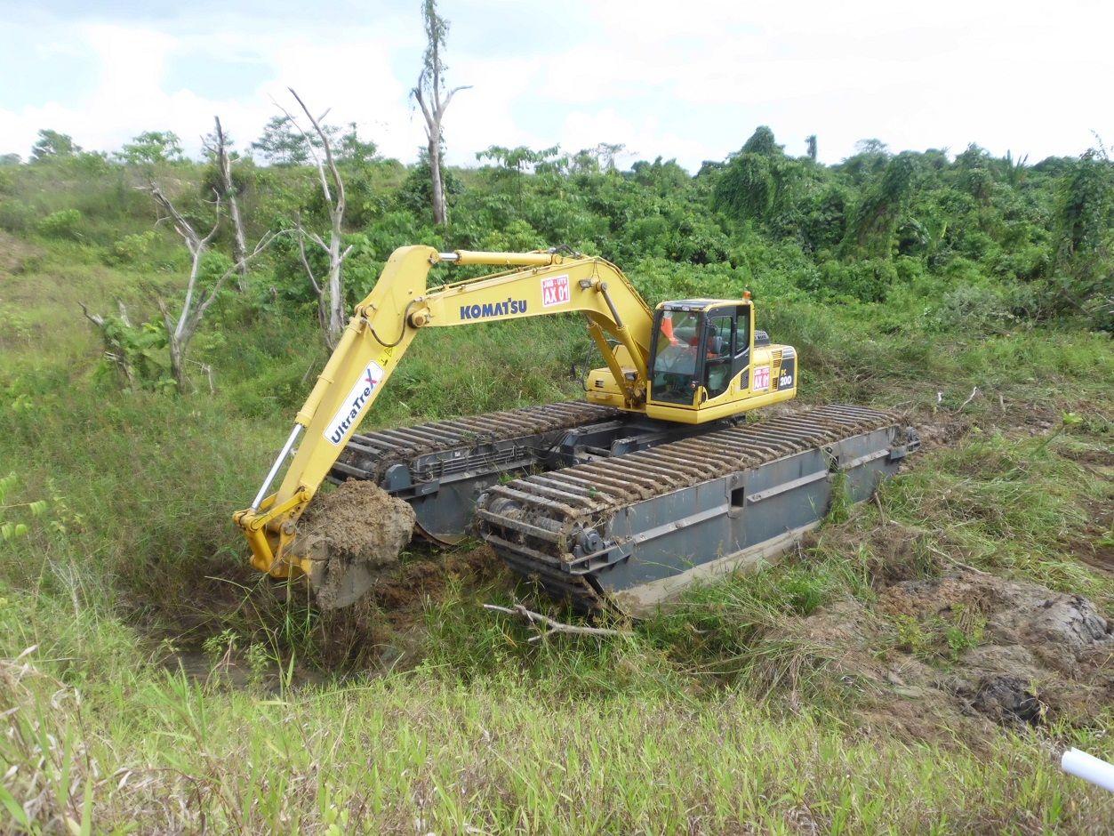 Jual Dan Rental Amphibious Excavator Swamp Excavator Excavator Rawa Rawa Swamp Beko Excavator Amphibi Jual Pontoon Undercarriage Yan Danau Sungai Pantai