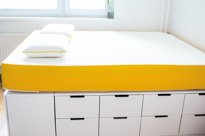 Diy Ikea Hack Plattform Bett Selber Bauen Aus Ikea Kommoden Werbung Bett Selber Bauen Bett Selber Bauen Anleitung Ikea Bett Hack