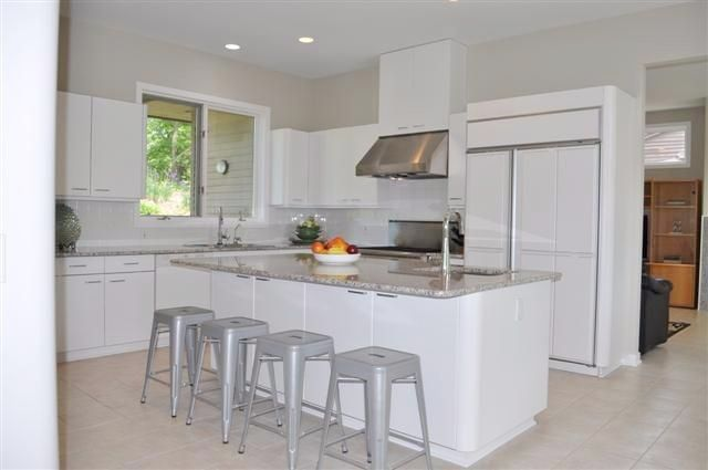 Stunning Contemporary Home In Ann Arbor Contemporary House Sub Zero Appliances Contemporary