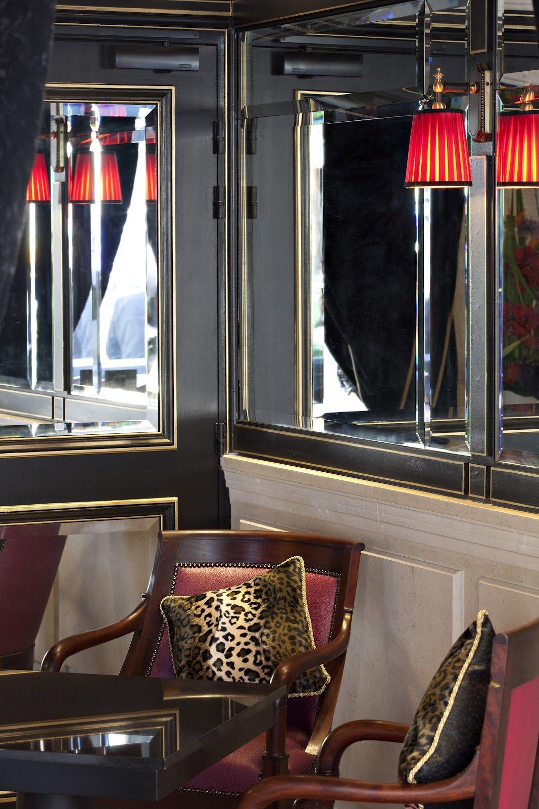Hotel Review : The Hotel Champs-Elysées Mac Mahon In Paris