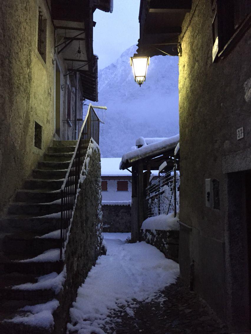 I vicoli con la neve 27.12.14
