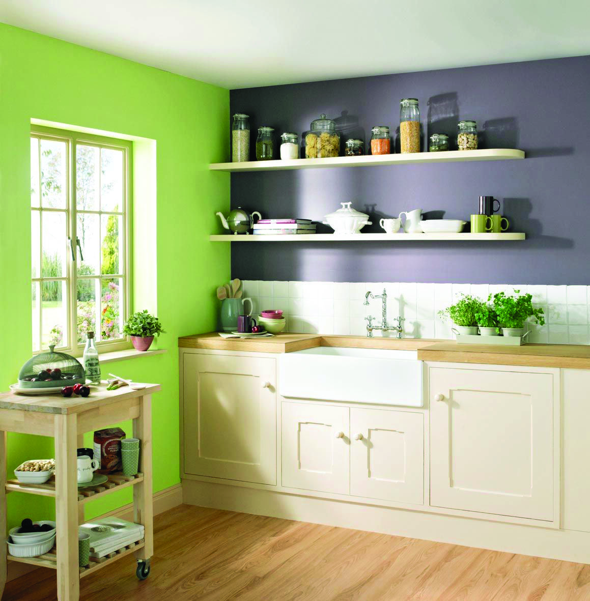 10 Paint Color Ideas For Small Bathrooms
