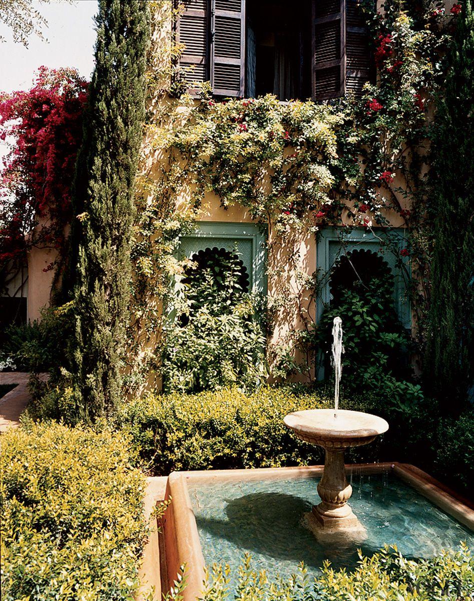 marella agnelli garden by madison cox in marrakech fountain ...