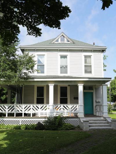 189 000 4 Br Springfield Mo House Hunting Beautiful Homes Springfield