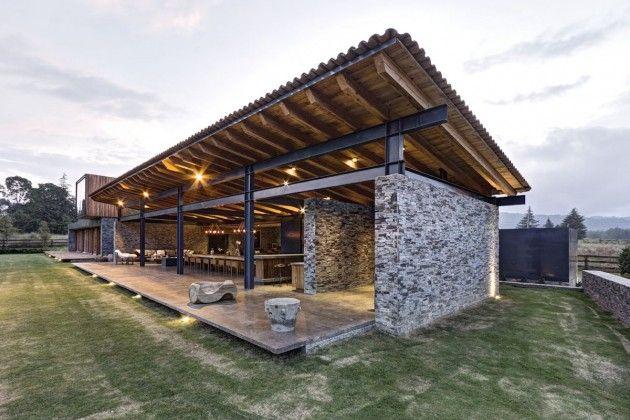 maison contemporaine casa vr mixte bois et pierre par elas rizo arquitectos tapalta au mexique