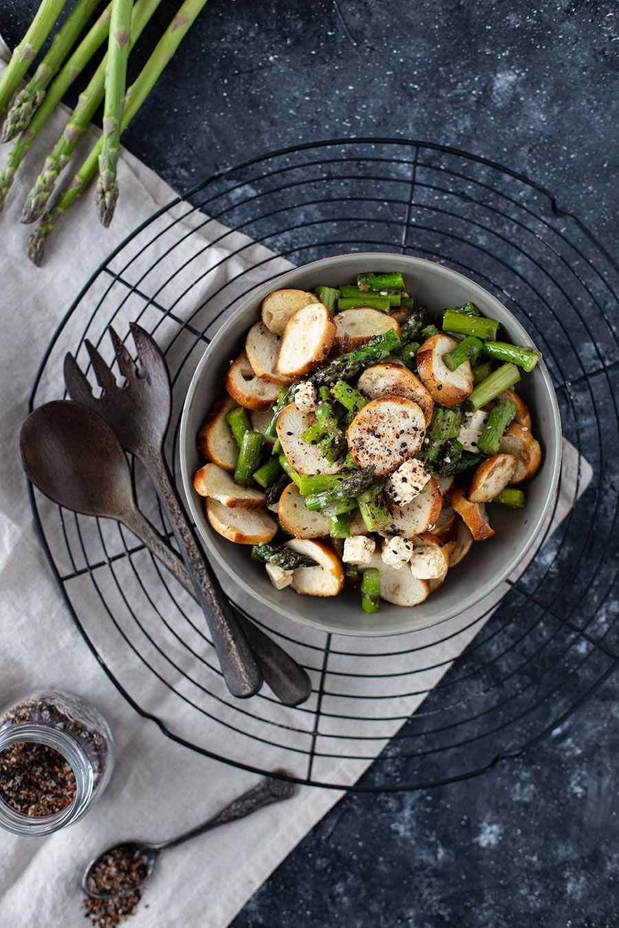Ein Foodblog Ubers Essen Trinken Grillen Und Backen Gruner Spargel Rezepte Brotsalat Gruner Spargel