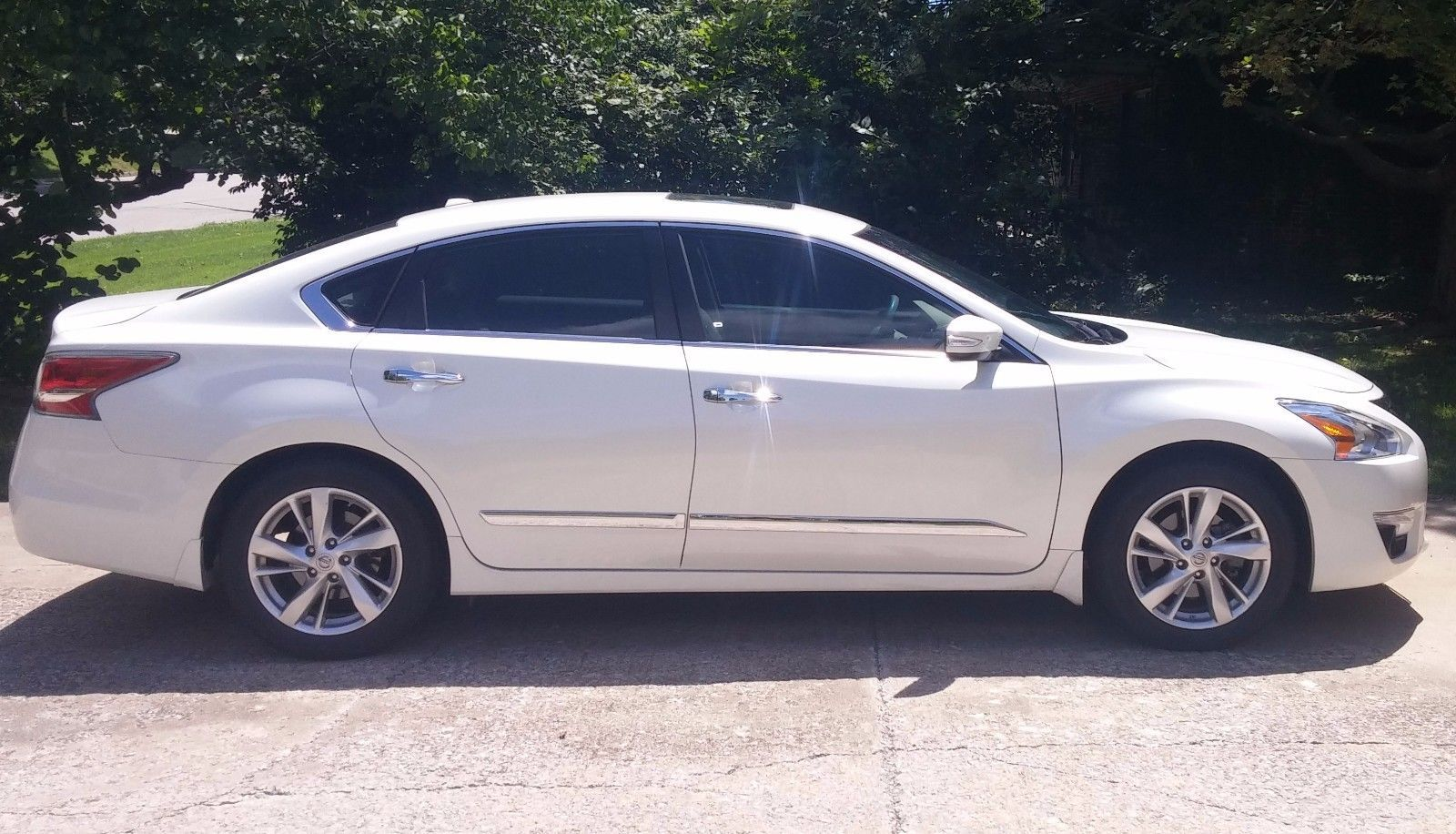 Awesome Nissan 2017 2015 Nissan Altima 2 5 Sl Fwd Pearl White 2015 Nissan Altima 2 5 Sl Fwd With 32573 Miles Check More At Http 24a Nissan Altima Altima Fwd