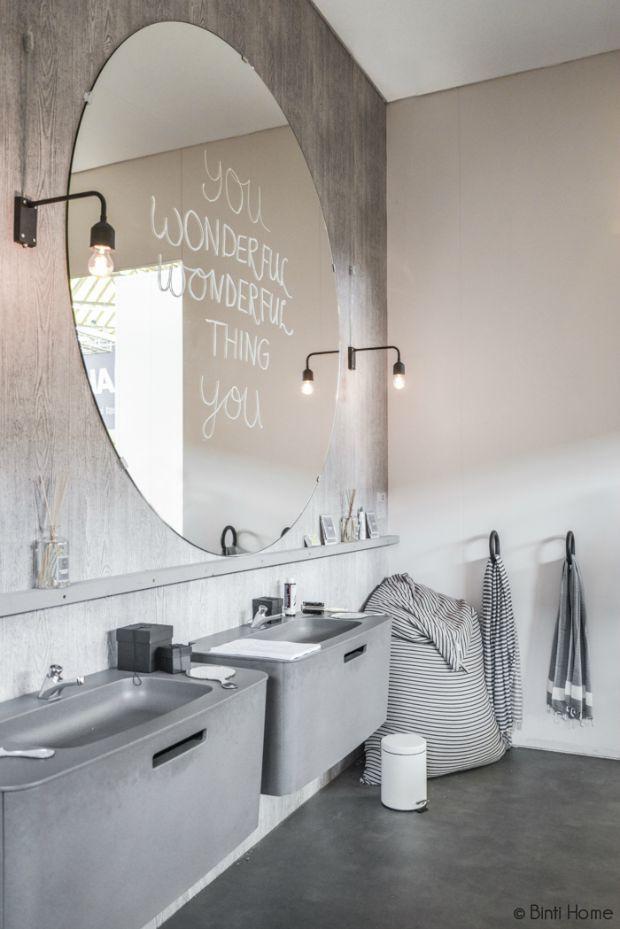 grote-ronde-spiegel-badkamer-woonbeurs | Bathroom | Pinterest ...