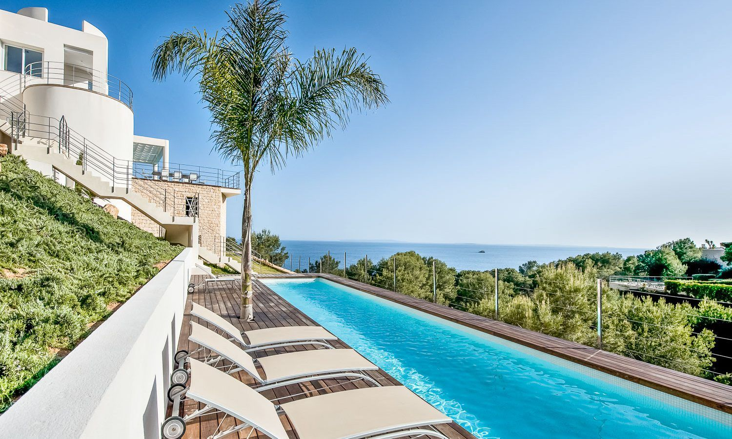 Villa for rent in Ibiza, with sea view, close town and ...