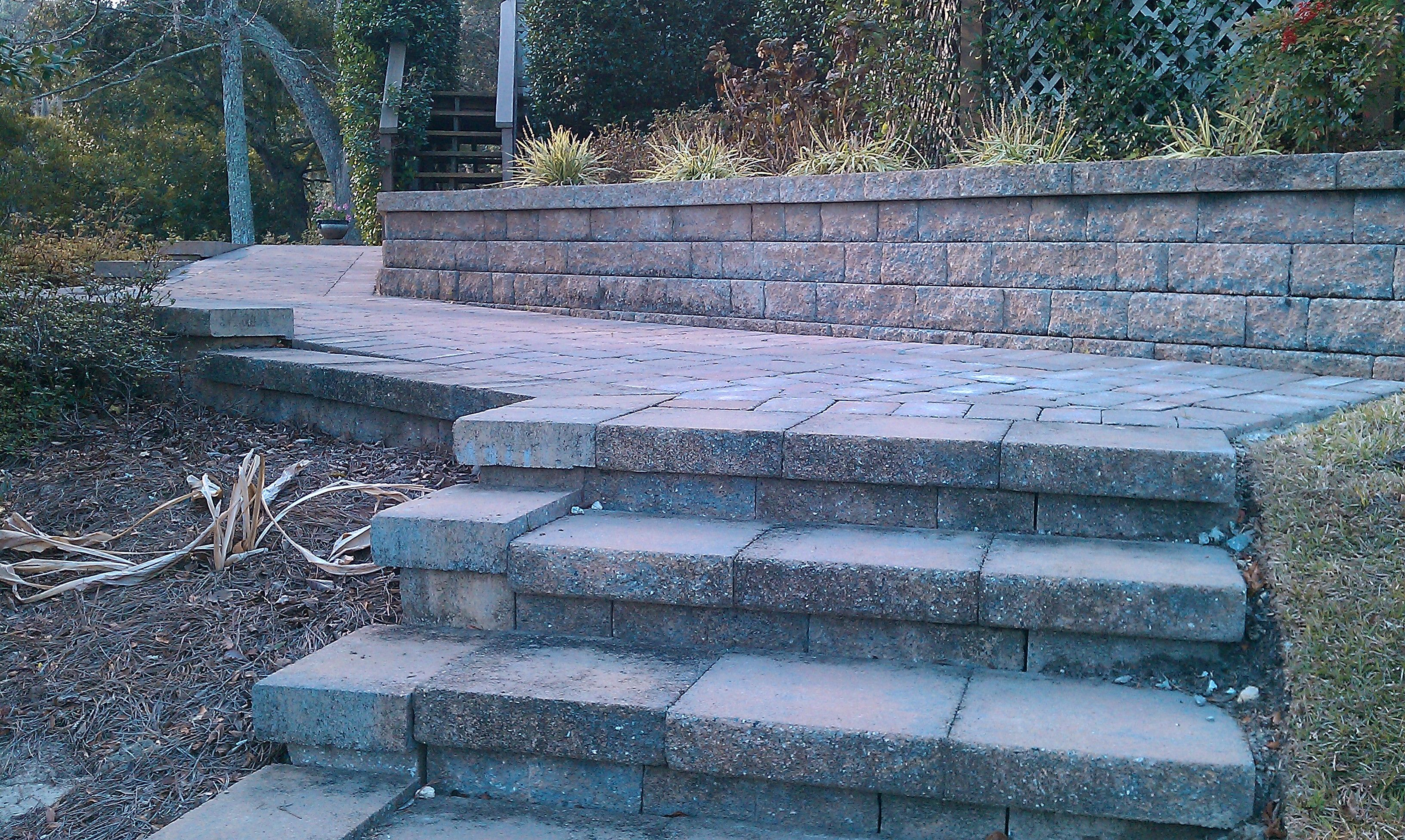 Belgard Celtik Wall Block And Cap System Was Used To Create A Two