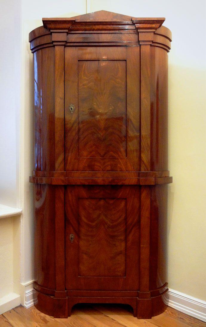 Matthias Koglin Eckschrank Mahagoni Corner Cabinet Antique Biedermeier Schrank Eckschrank Biedermeier