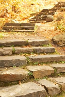 How To Build Natural Steps Up A Hill Hunker Landscaping On A Hill Landscape Stairs Garden Stairs