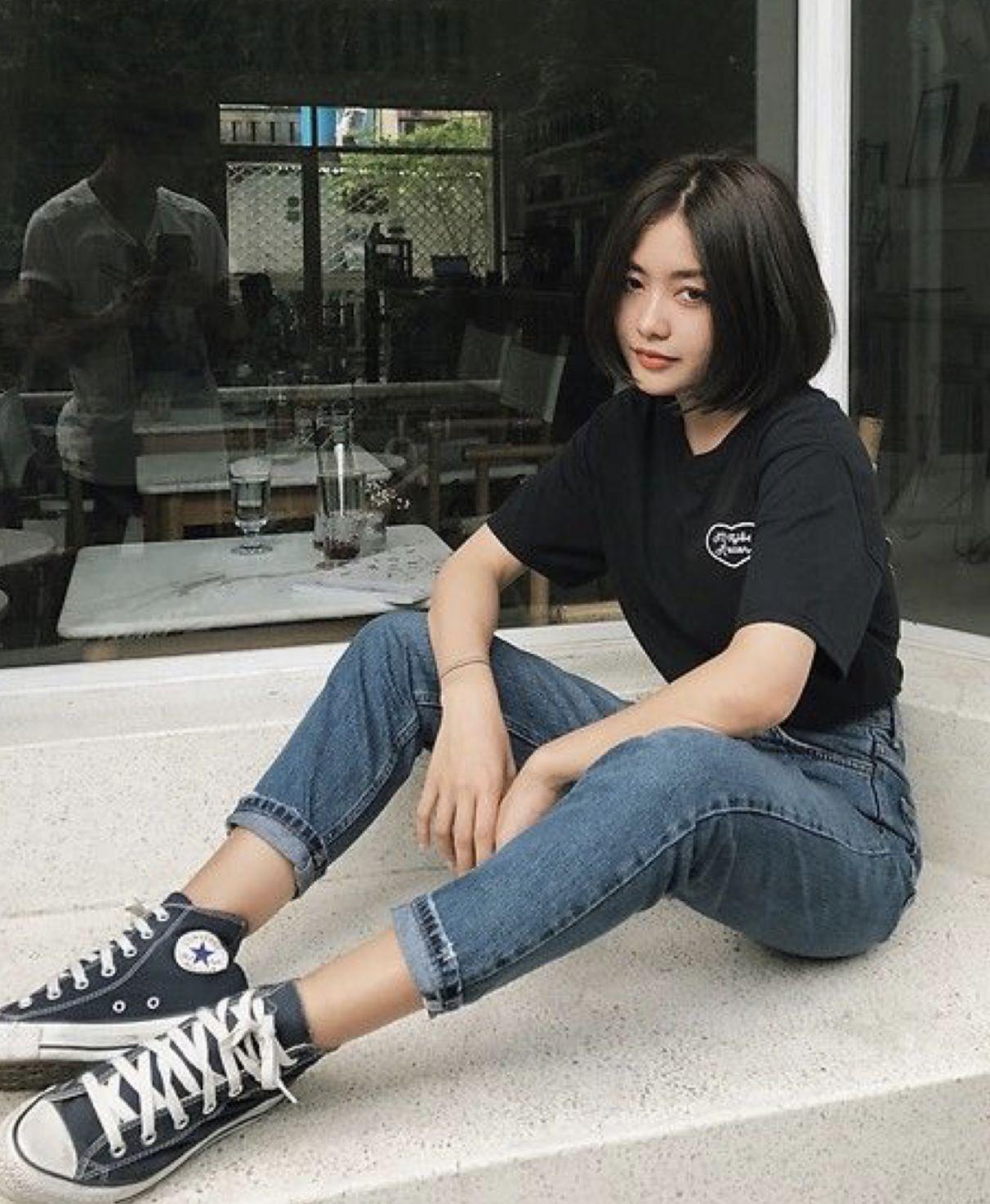 Mid-rise Black Denim Flare Jeans