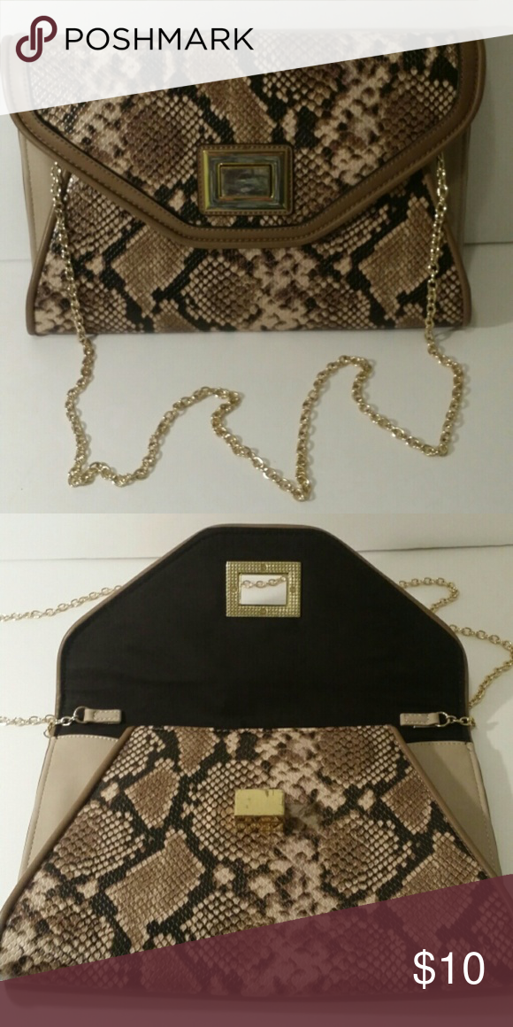 Snakeskin purse From the brand Aldo, in good condition! ALDO Bags