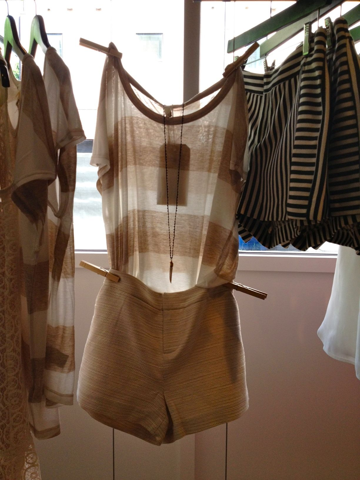 Soft by Joie top, Joie Shorts White, warren, Reusable