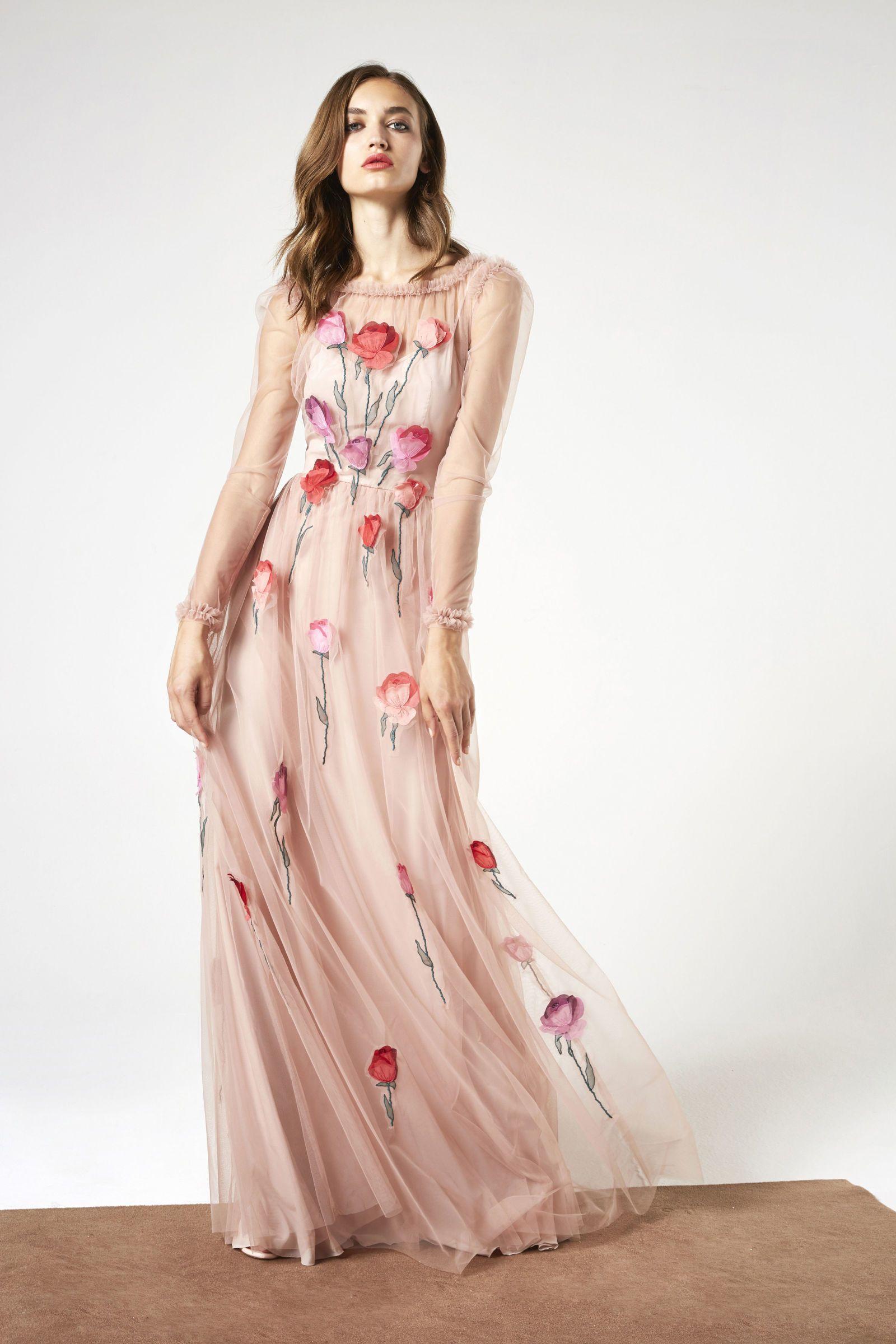 617f003ae Blumarine Resort 2018 | Gowns | Fashion, Rose gown, Floral fashion
