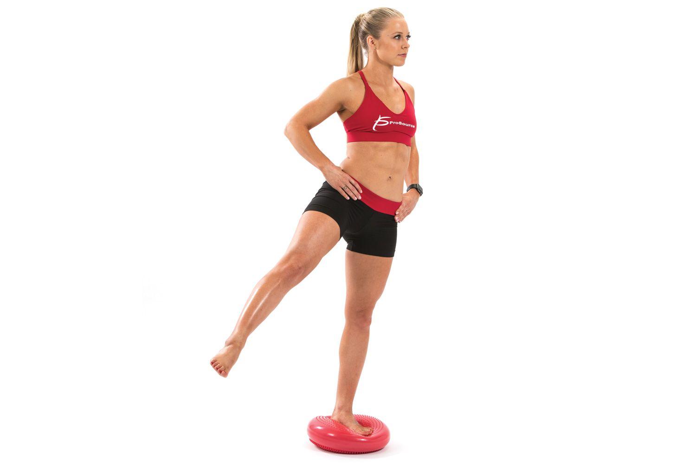 Упражнения для равновесия и координации с фото