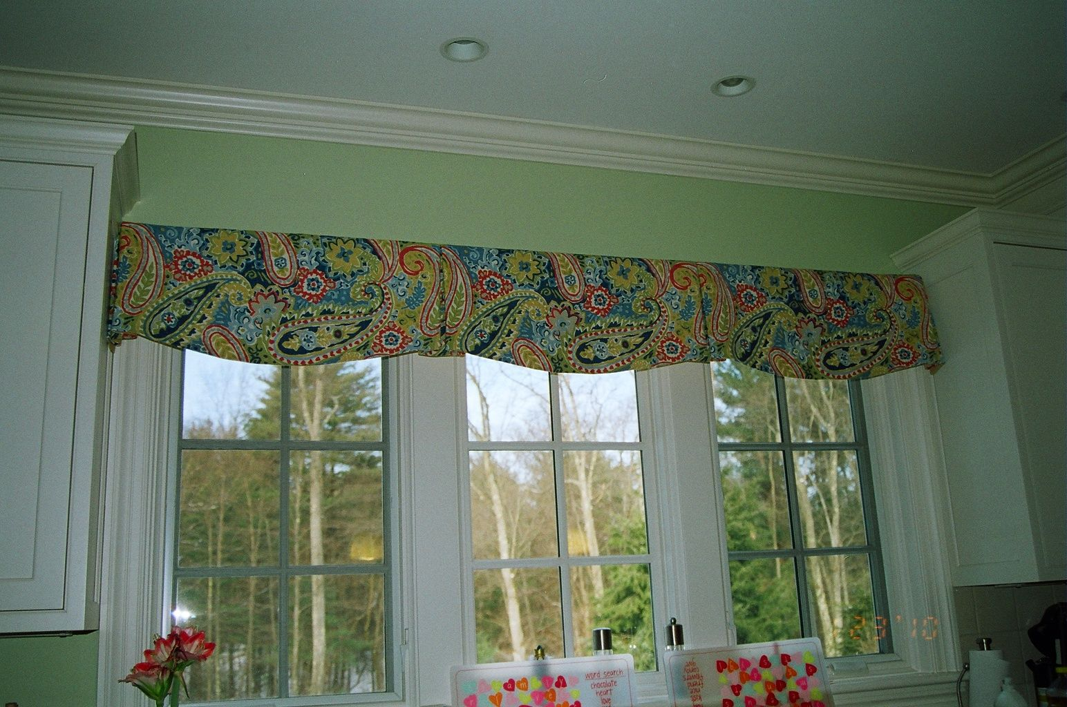 Kitchen Window Treatments Over Sink Valances Dining Rooms