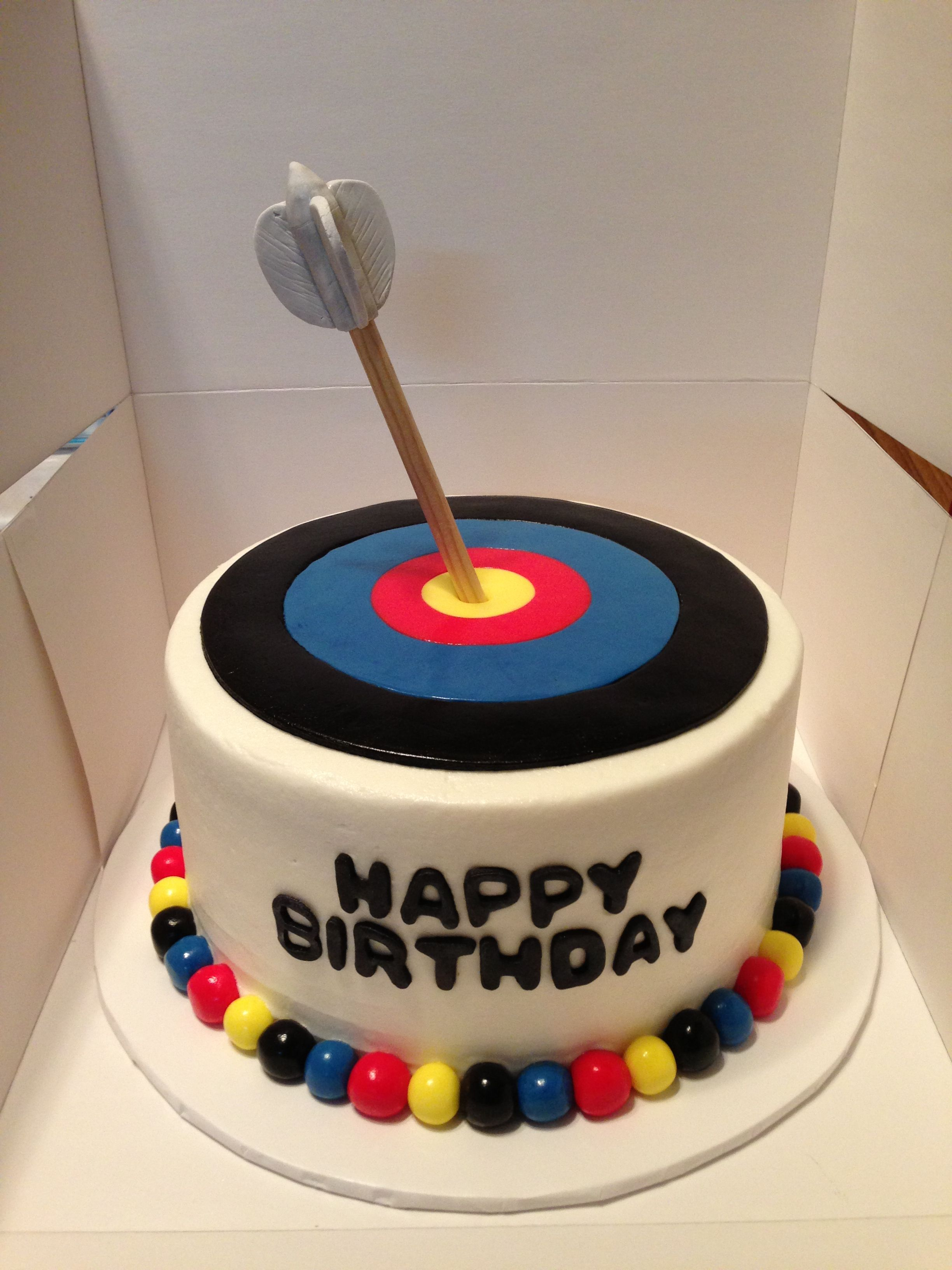Archery Target Cake Fondant Tops An Eight Inch Arrow Made Of Wooden Dowel With Gumpaste Feathers