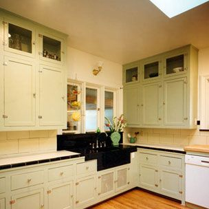 The Owners Of This Historic House In Bloomington, Indiana Wanted To Retain  The Original Cabinets