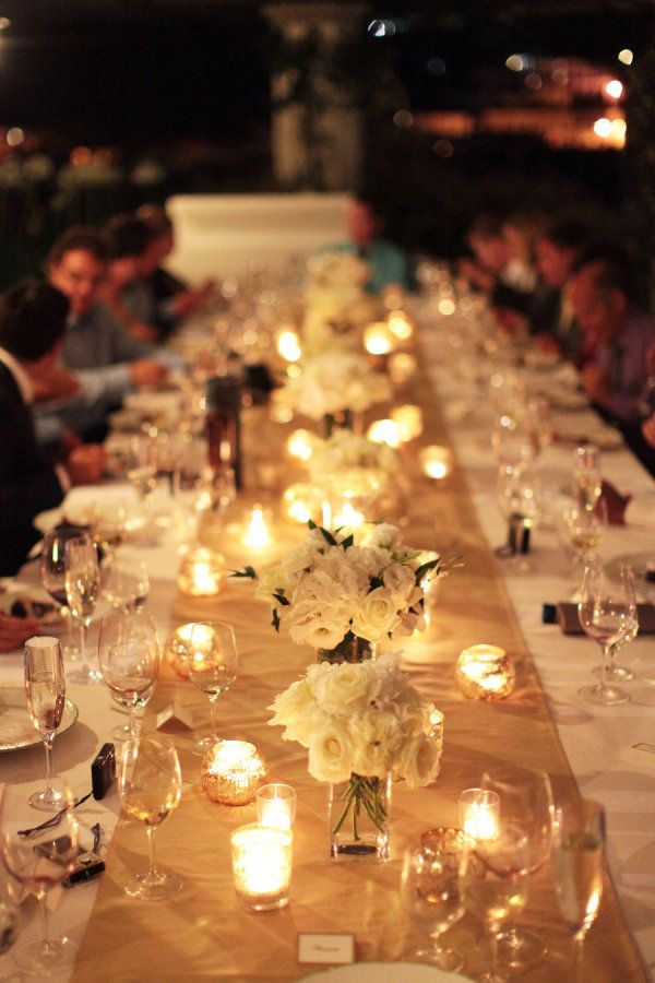 Exceptional Really Like How Simple This Is! White Flowers In Clear Little Vases  Surrounded By Candles, With A Burlap Table Runner.