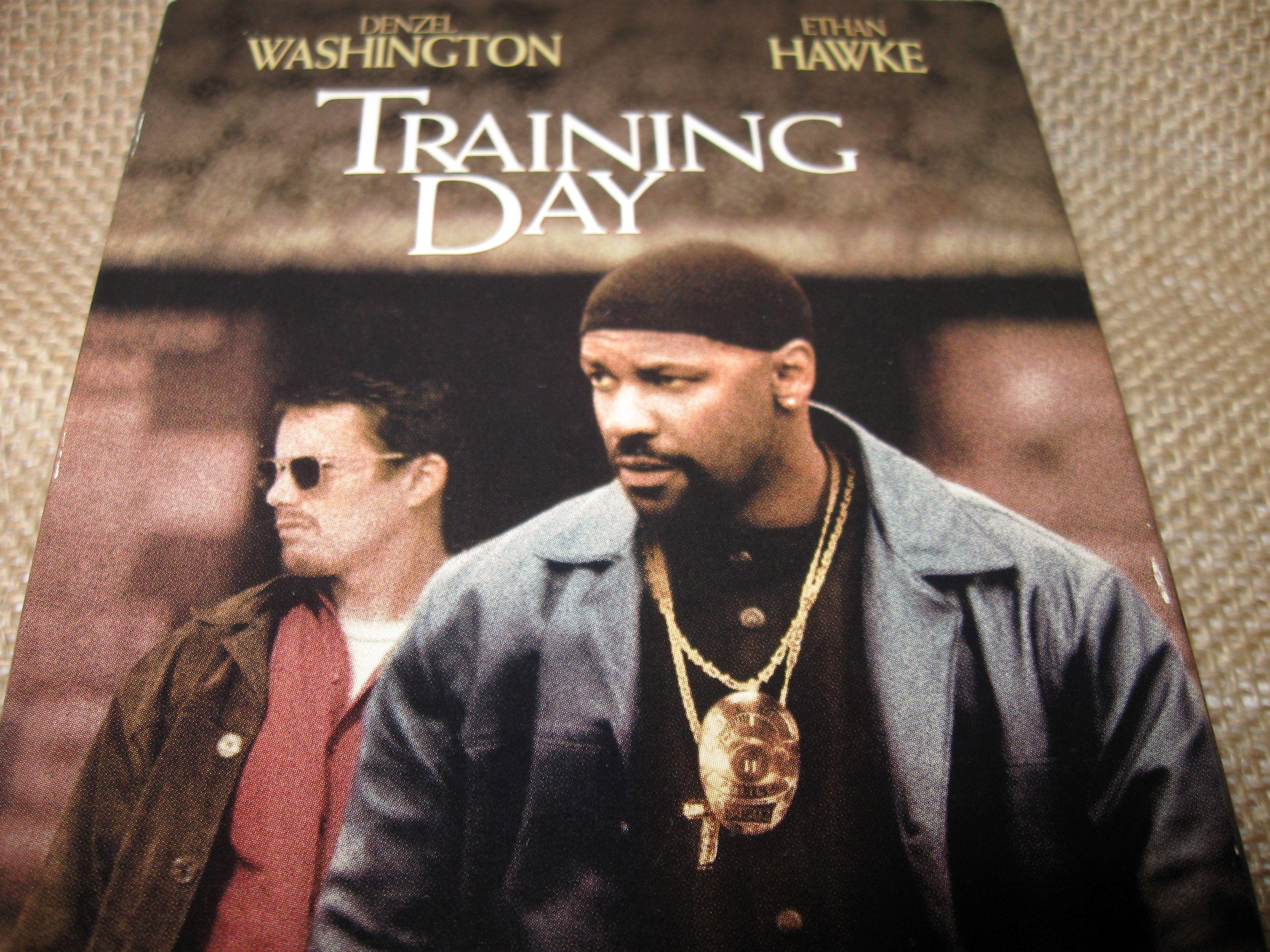Training Day Vintage VHS Movie Denzel Washington Ethan