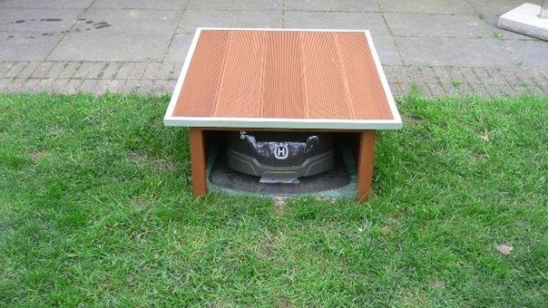 garage f r den automower 305 selbst bauen oder kaufen garage automover. Black Bedroom Furniture Sets. Home Design Ideas