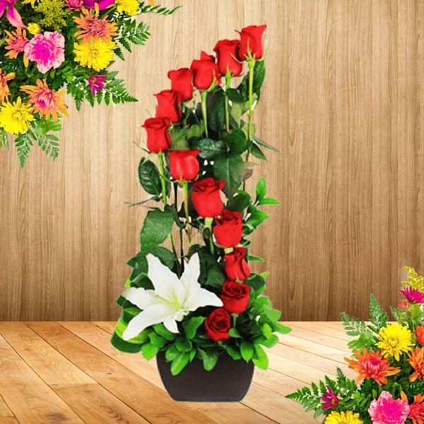 Arreglos florales sencillos buscar con google arreglos for Arreglos de rosas sencillos