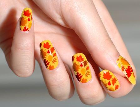 Creative thanksgiving nail art design ideas thanksgiving nails yellow nails fall leaves thanksgiving nail art solutioingenieria Gallery