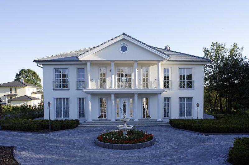 die okal villa wurde im kundenauftrag entworfen und gebaut zu ihr geh rt noch ein. Black Bedroom Furniture Sets. Home Design Ideas